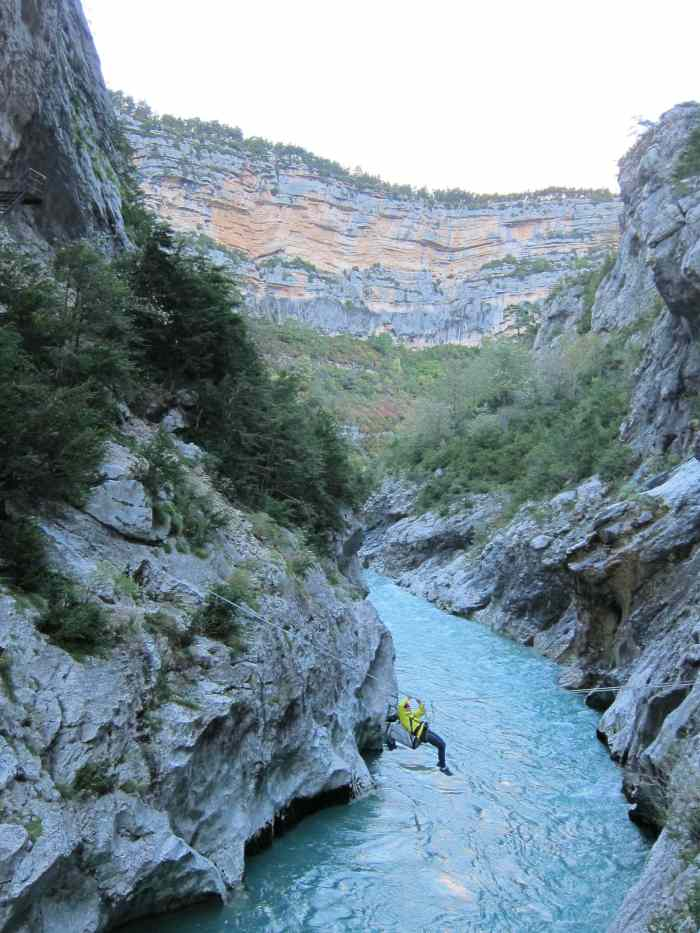 Cross Le Verdon with a Tyrolean traverse enroute to Hulk