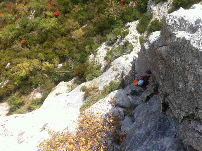 Kelly on the second pitch steming and jamming her way up