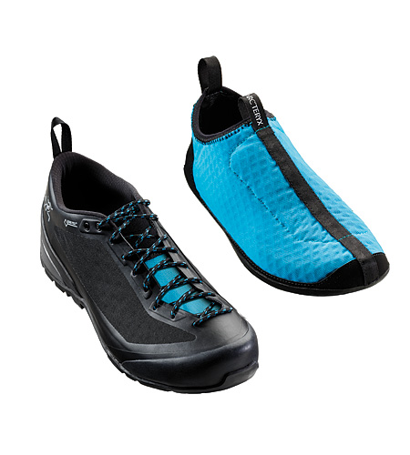 Acrux FL GTX Approach Shoes (Men) and the liners